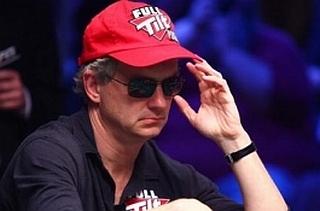 Steve di Meja Final WSOP.  Gambar © PokerNews